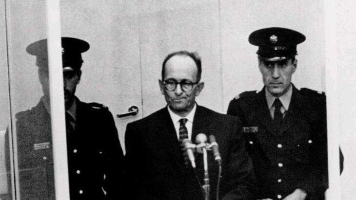 Il processo al gerarca nazista Adolf Eichmann (articolo del 1961)