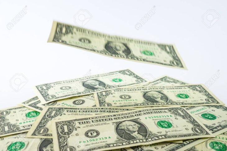 Flussi di denaro dall'estero per i Titoli di Stato USA. Ricominciano gli acquisti.