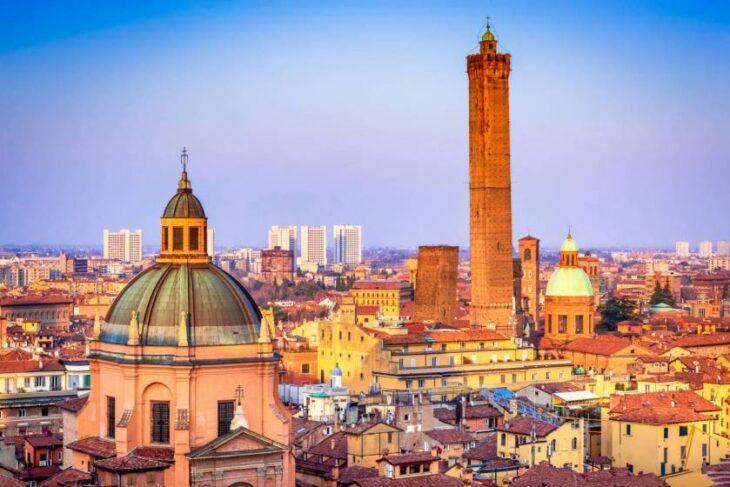 Parte la campagna politica per le elezioni a Bologna. Sarà la volta buona per un ribaltone?