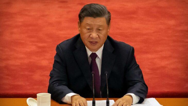 """Xi Jinping imita Di Maio: """"Sconfitta la povertà"""""""
