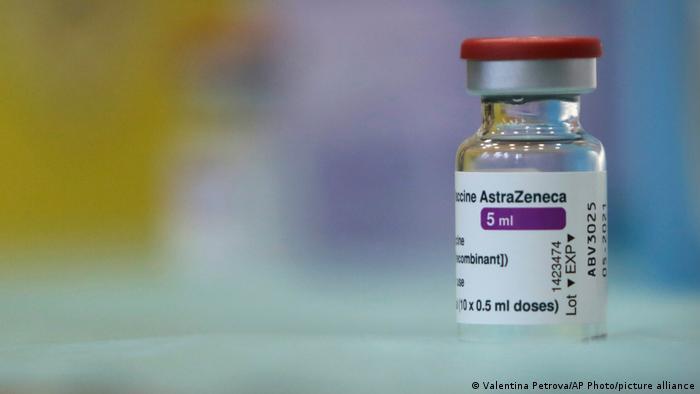 Gli italiani credono i vaccini, ma non ad Astra Zeneca
