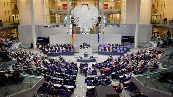 Lo scandalo della mascherine scuote anche il governo tedesco