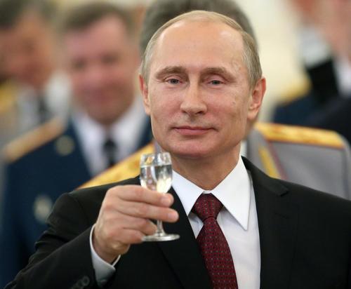 Putin sfida Biden ad un confronto pubblico