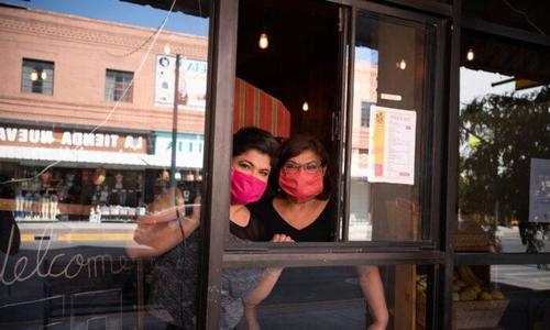 Texas: a 15 giorni dalla fine dell'obbligo delle mascherine, nessun aumento dei casi