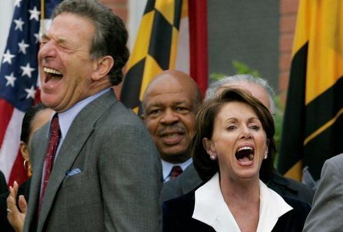 Come essere il marito di Nancy Pelosi.. ed azzeccare sempre i buoni affari (soprattutto se legati al governo)