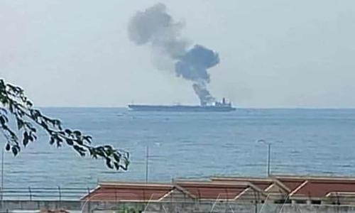 Attacco di droni a petroliera al largo della Siria. Prosegue la guerra dei tanker