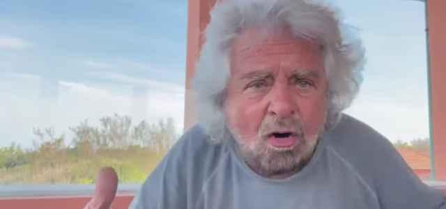 Grillo: se mio figlio è uno stupratore, arrestate me! Drammatica fine di un comico semiserio