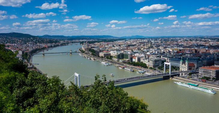 Alla faccia di Bruxelles e de L'Aia, l'Ungheria si fa il campione nazionale