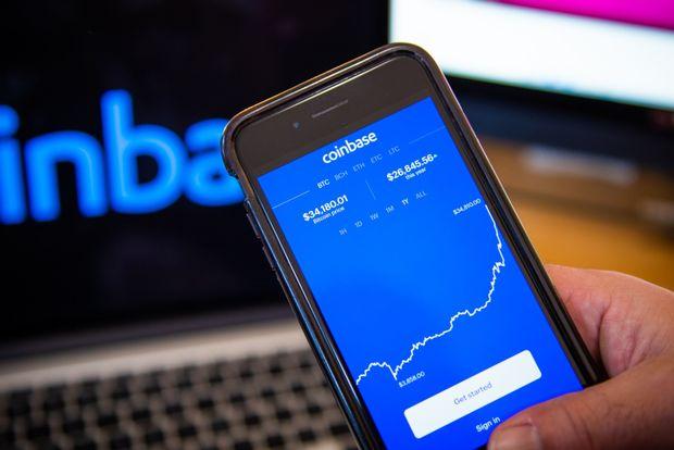 Coinbase chiude il primo giorno di quotazione a 328. L'exchange vale 85,8 miliardi di dollari