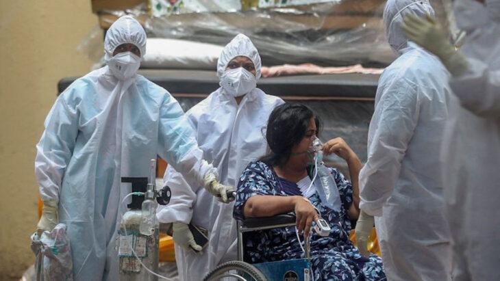 La vera seconda ondata: In India gli ospedali in crisi profonda, senza ossigeno