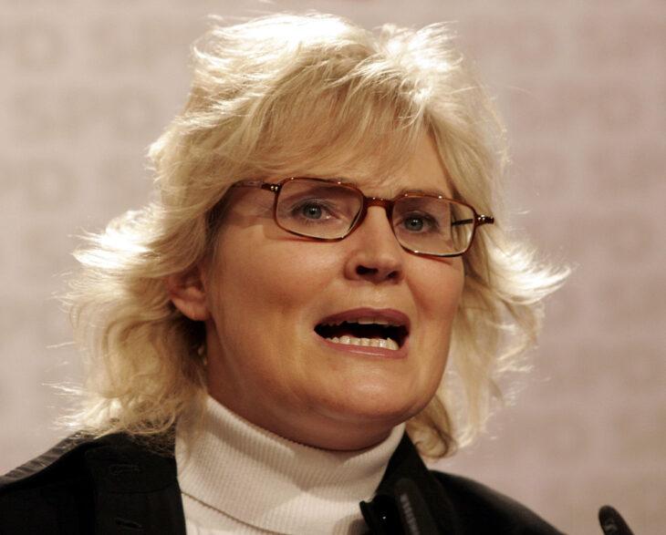 Ministro della giustizia tedesco (SPD) alla Polizia: reprimete le manifestazioni No Covid-lockdown. La sinistra del manganello