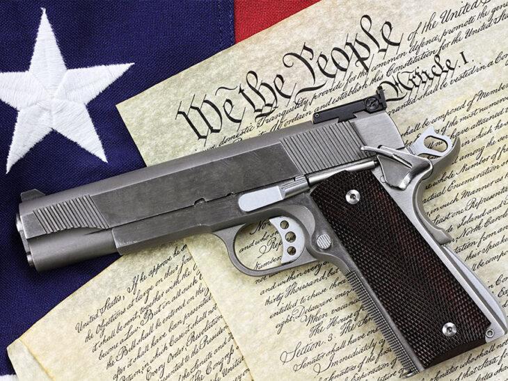 Sempre meno americani favorevoli al controllo delle armi
