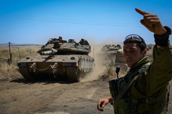 Israele richiama più riservisti: attacco di terra a Gaza?