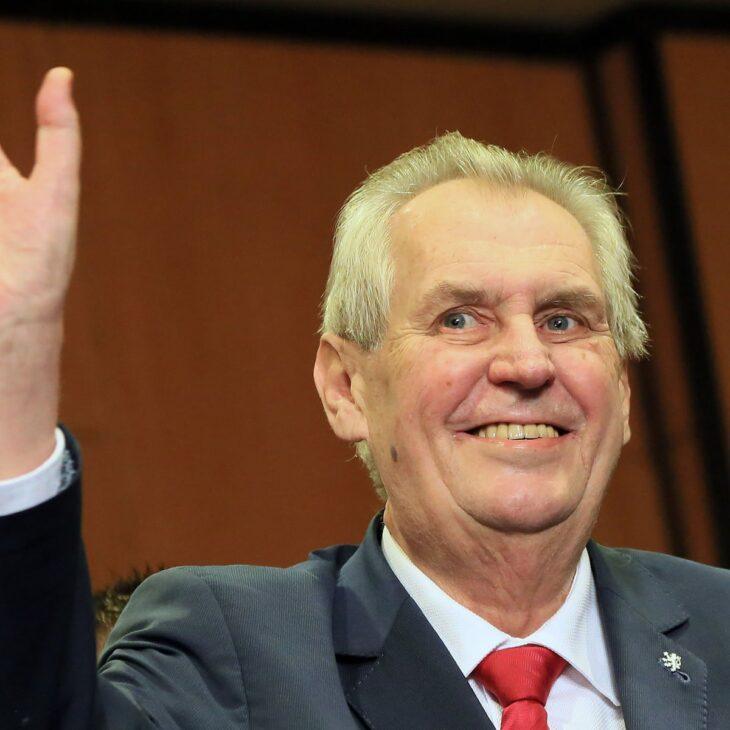 Zeman, presidente ceco: appoggio Orban, i transex sono disgustosi