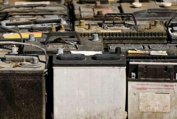Il futuro del riciclo delle batterie: il bioleaching, o riciclo con le batterie
