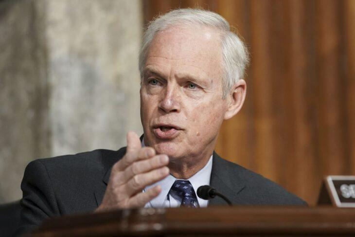 Youtube sospende senatore USA perchè parla di Idrossiclorochina