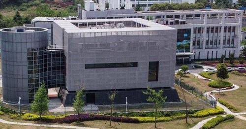 Il ricercatore di Wuhan, finanziato da Fauci, è morto pochi giorni dopo aver brevettato il primo vaccino. Il mistero su Cina-Covid si infittisce