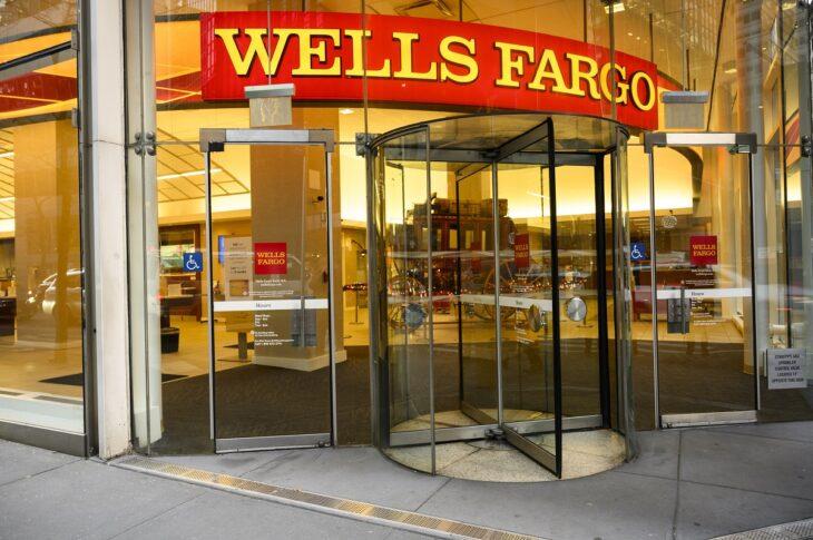 Wells Fargo (terza banca USA) chiude le linee di creito personali. Che sta succedendo?