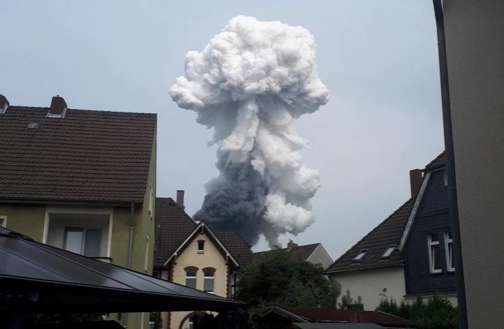 Germania:  grossa esplosione in fabbrica chimica a Leverkusen13ù6507+8 +