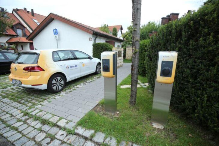 Questo mese l'industria tedesca produrrà un milione di auto elettriche. Capite perchè vogliono farcele comperare