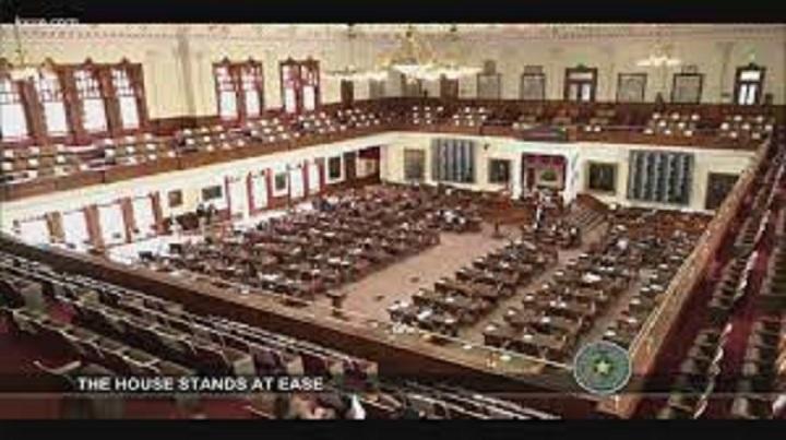 Mandati d'arresto per i deputati democratici texani fuggitivi. Non scherzate con il Texas