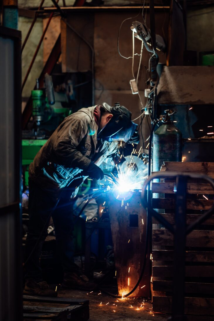 Crisi energetica: aziende forzatamente in ferie in Cina