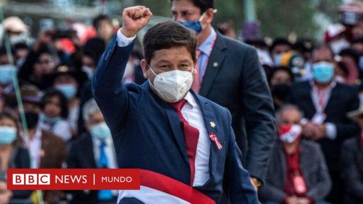 """Perù: """"O pagate più tasse, o vi esproprio il giacimento di gas"""". La politica del nuovo presidente"""