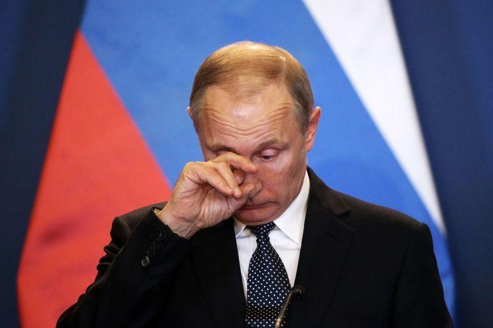 Elezioni in Russia: Putin ridimensionato, crescono i comunisti
