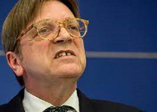 E Verhofstadt la fa franca ancora: il Parlamento europeo gli garantisce l'immunità per le ingiurie a Salvini