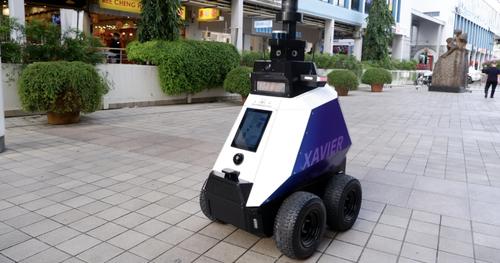 Robocop entra in servizio a Singapore. Benvenuti nella distopia