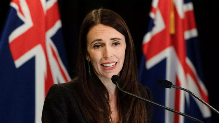 Il primo ministro Neozelandese lo dice chiaramente: vogliamo creare una classe privilegiata di vaccinati