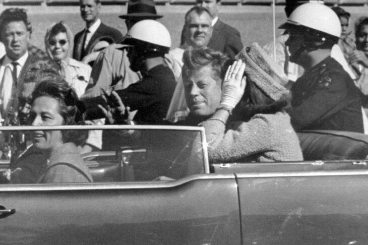 Biden cancella la pubblicazione degli ultimi documenti sull'assassinio Kennedy